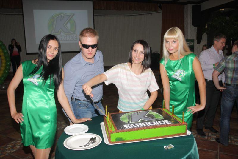 Брендированный торт для посетителей